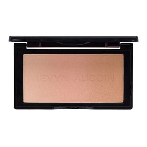 Kevyn Aucoin The Neo-Highlighter